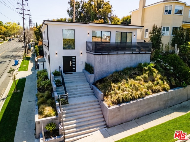 Photo of 10552 Cheviot Dr, Los Angeles, CA 90064