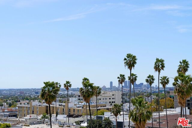 Photo of 7135 Hollywood Blvd #805, Los Angeles, CA 90046