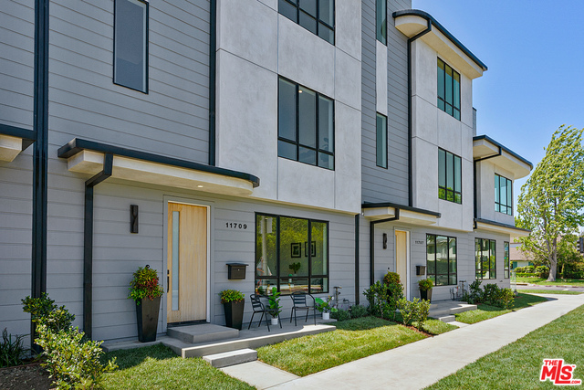 Photo of 11709 W Indianapolis ST, LOS ANGELES, CA 90066
