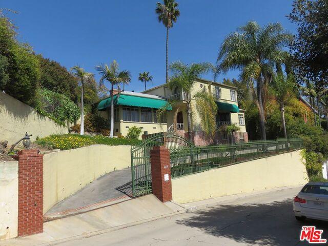 Photo of 2214 Ben Lomond Dr, Los Angeles, CA 90027