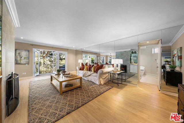 Photo of 2345 Roscomare Rd #201, Los Angeles, CA 90077