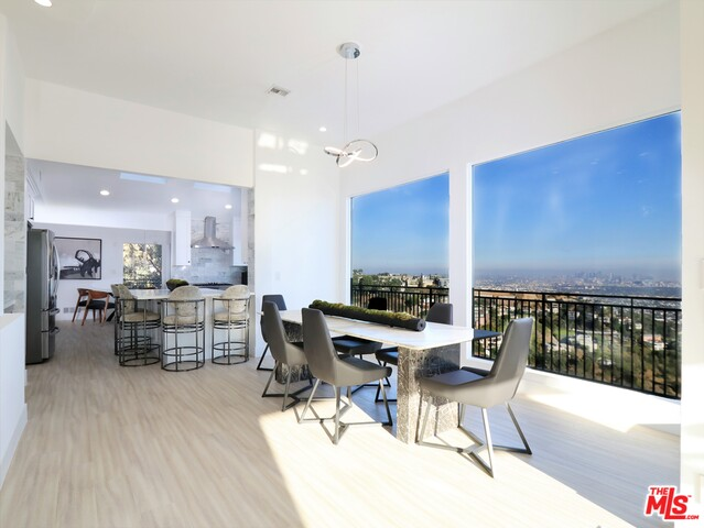 Photo of 1550 Blue Jay Way, Los Angeles, CA 90069