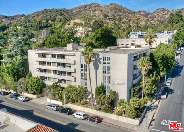 Photo of 7309 Franklin Ave #106, Los Angeles, CA 90046