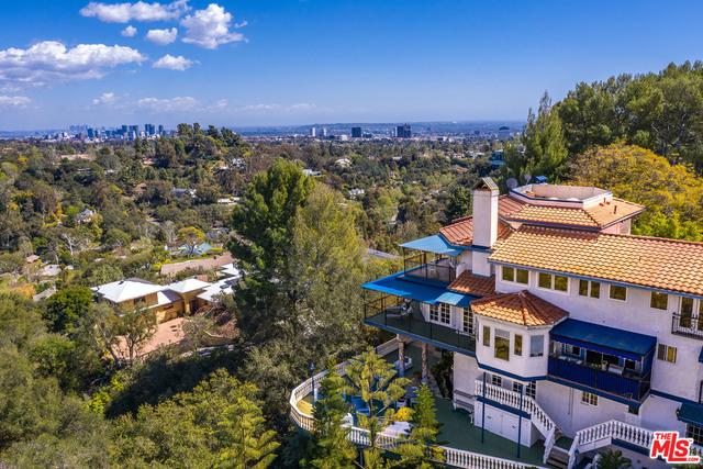 Photo of 1972 Westridge Rd, Los Angeles, CA 90049