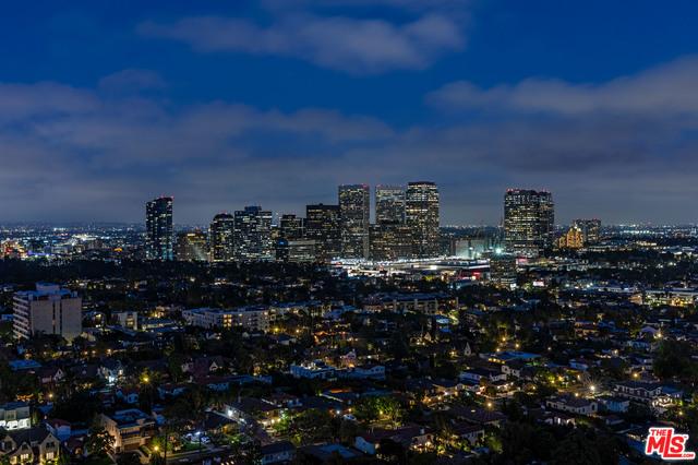 Photo of 10560 WILSHIRE BLVD #PenthouseA, LOS ANGELES, CA 90024