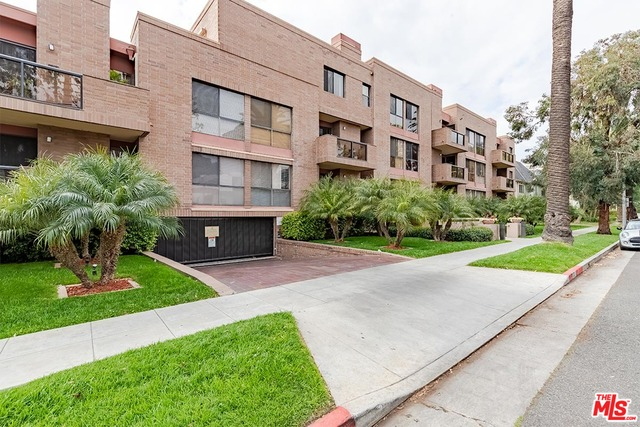 Photo of 235 S Tower Dr #206, Beverly Hills, CA 90211