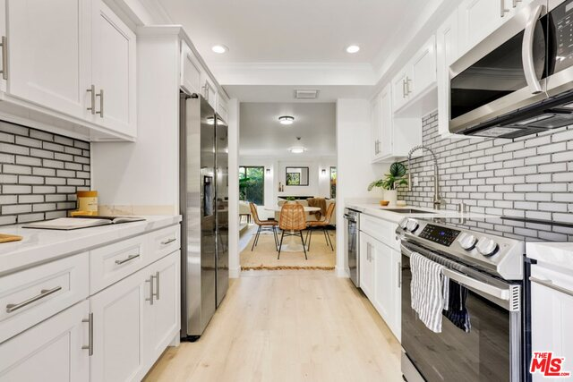 Photo of 4627 Maytime Ln, Culver City, CA 90230