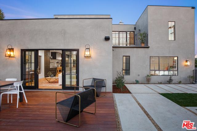 Photo of 1901 N Hobart Blvd, Los Angeles, CA 90027