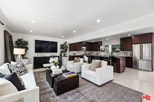 Photo of 2801 Coldwater Canyon Dr, Beverly Hills, CA 90210