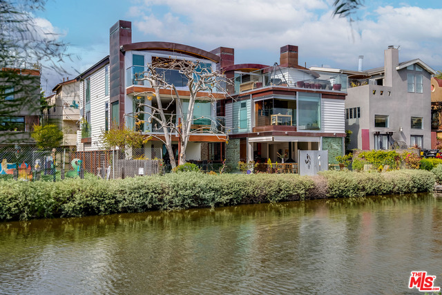 Photo of 427 Carroll Canal, VENICE, CA 90291
