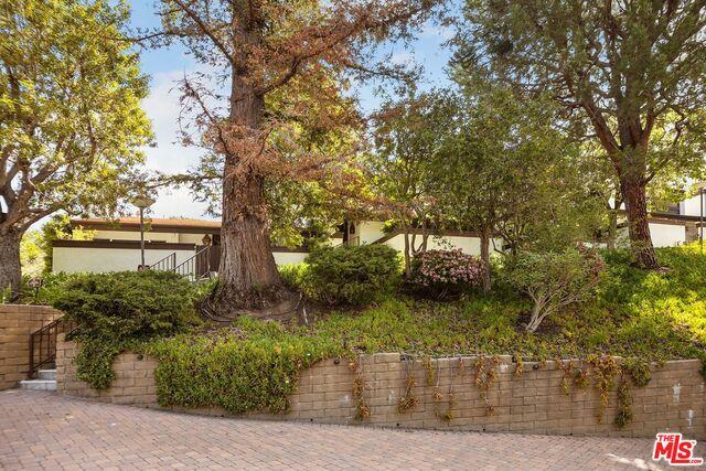 Photo of 1590 Palisades Dr, Pacific Palisades, CA 90272