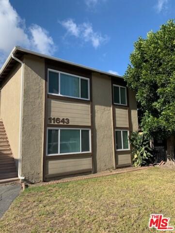 Photo of 11643 Acacia Ave, Hawthorne, CA 90250