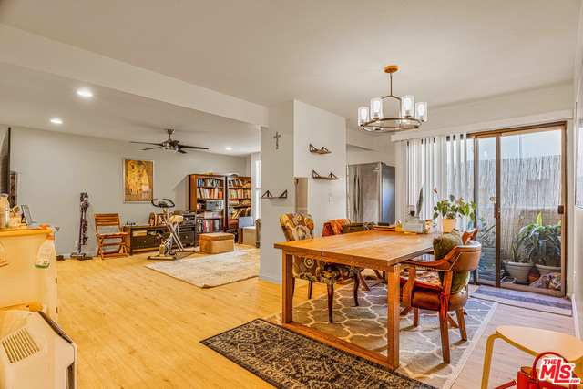 Photo of 724 S Stanley Ave #3, Los Angeles, CA 90036