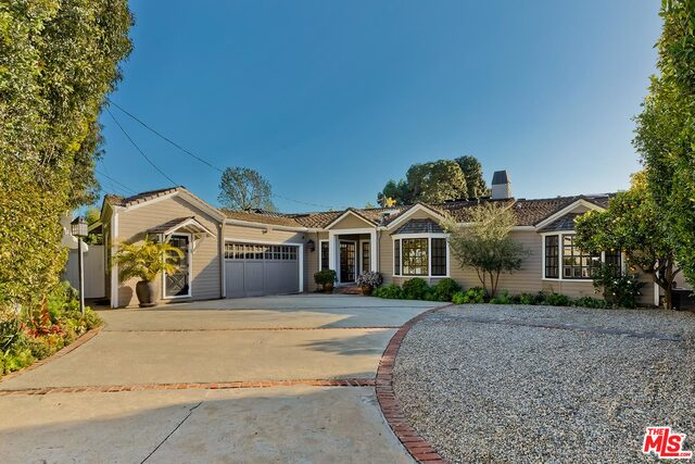 Photo of 12960 Brentwood Ter, Los Angeles, CA 90049