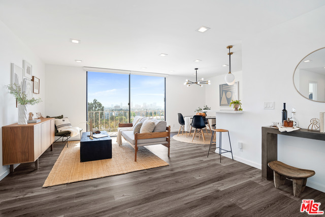 Photo of 100 S Doheny Dr #706, Los Angeles, CA 90048