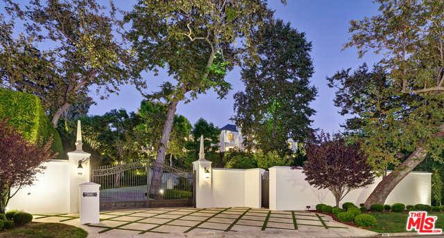 Photo of 300 STONE CANYON RD, LOS ANGELES, CA 90077