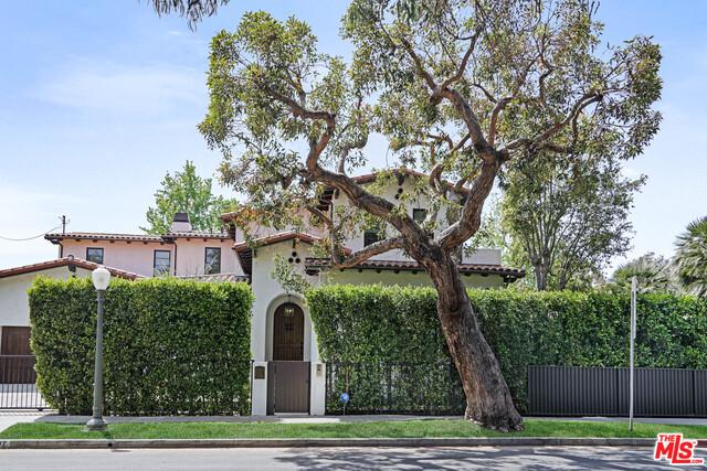 Photo of 2607 Patricia Ave, Los Angeles, CA 90064