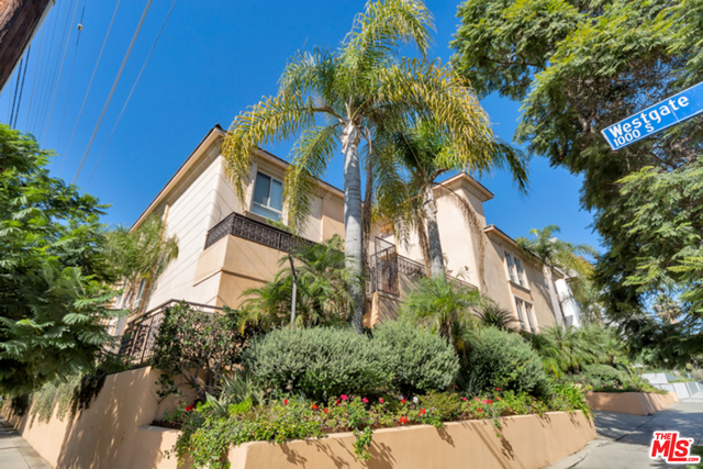 Photo of 1000 S Westgate Ave #315, Los Angeles, CA 90049