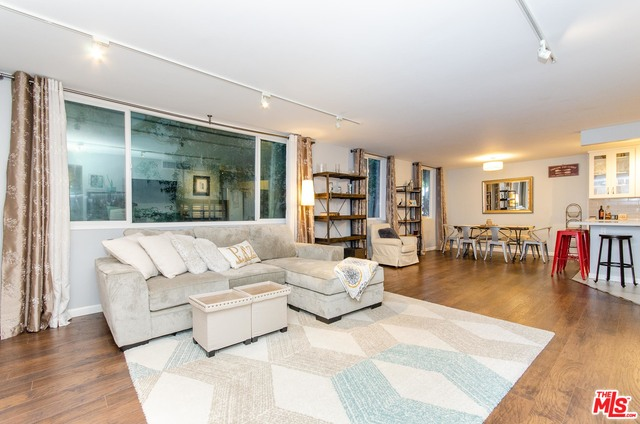 Photo of 9950 Durant Dr #105, Beverly Hills, CA 90212