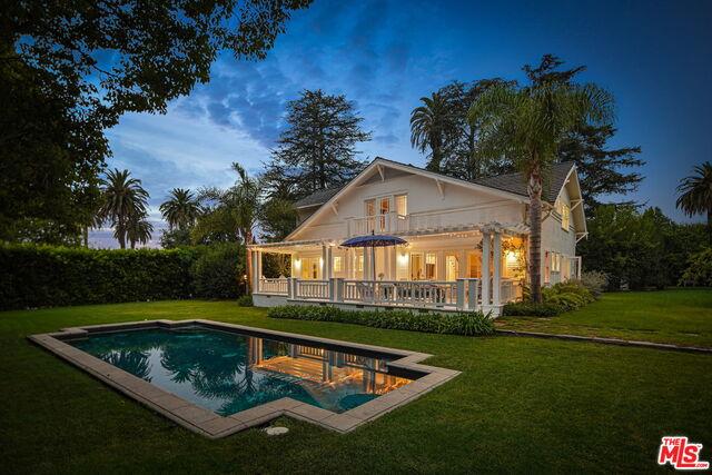 Photo of 1208 Georgina Ave, Santa Monica, CA 90402