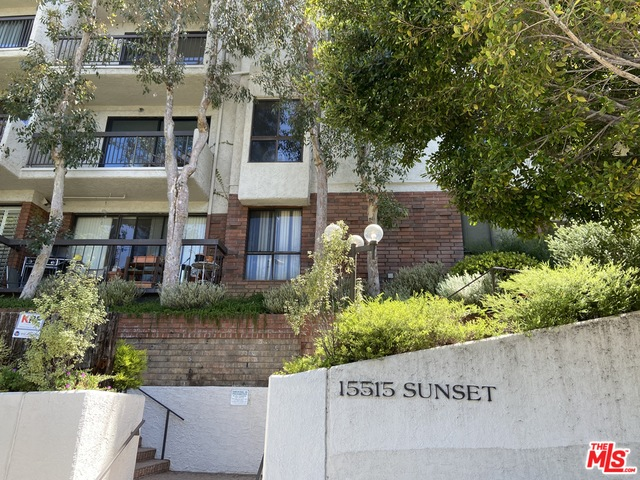 Photo of 15515 W Sunset Blvd #208, Pacific Palisades, CA 90272