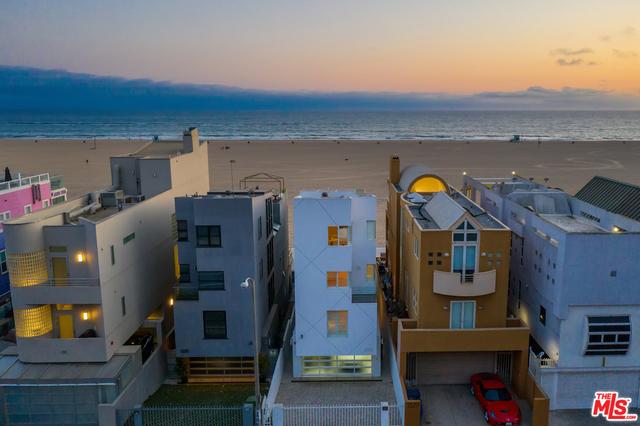 Photo of 1333 Palisades Beach Rd, Santa Monica, CA 90401