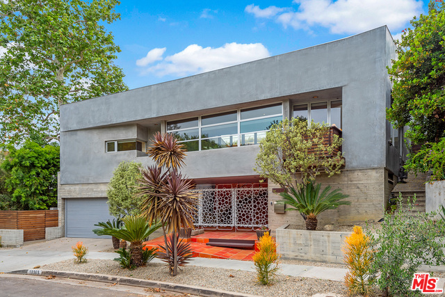 Photo of 10365 Mississippi Ave, Los Angeles, CA 90025