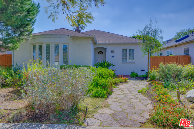 Photo of 2006 S Crescent Heights Blvd, Los Angeles, CA 90034