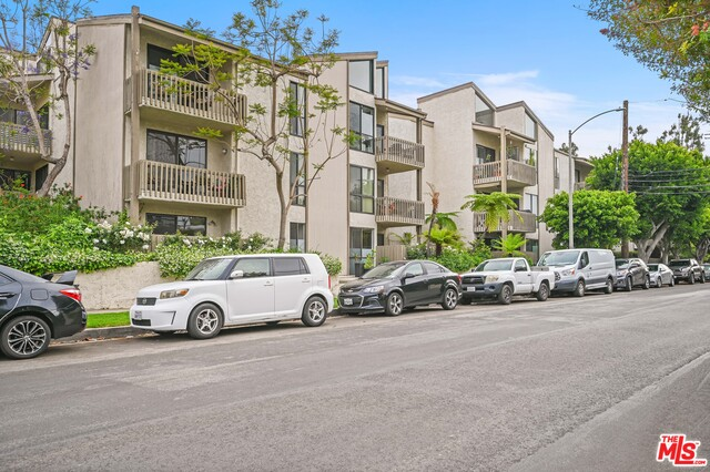 Photo of 15340 Albright St #307, Pacific Palisades, CA 90272