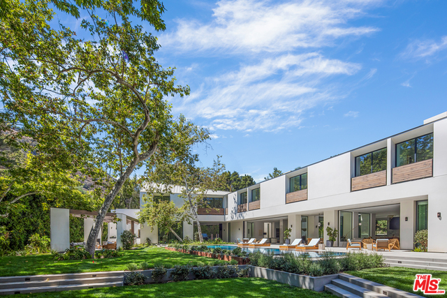 Photo of 2500 Mandeville Canyon Rd, Los Angeles, CA 90049