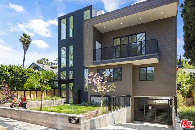 Photo of 1250 N Fuller AVE #B, WEST HOLLYWOOD, CA 90046