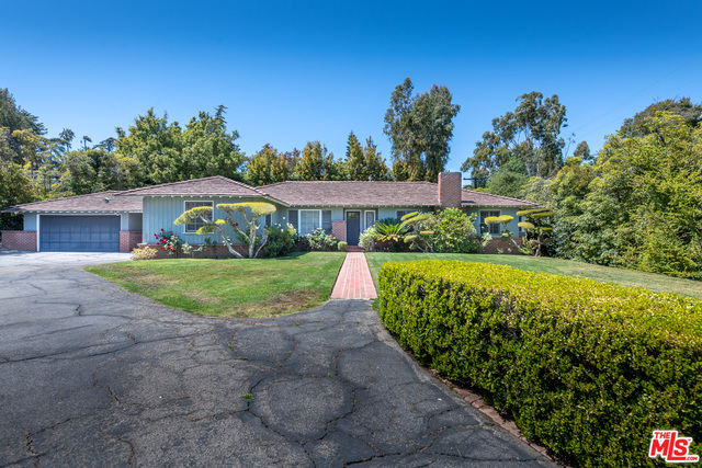 Photo of 367 S Canyon View Dr, Los Angeles, CA 90049