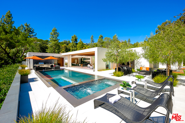 Photo of 1120 Loma vista DR, Beverly Hills, CA 90210