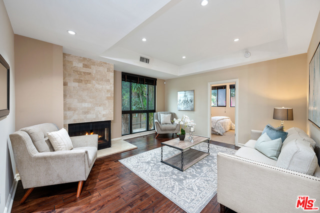 Photo of 1132 S Doheny DR #101, LOS ANGELES, CA 90035