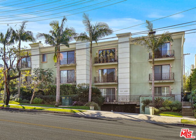 Photo of 16000 W Sunset Blvd #302, Pacific Palisades, CA 90272