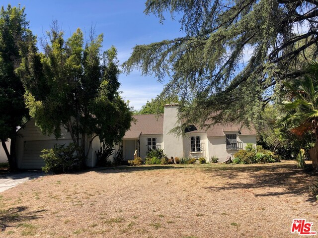 Probate Sale! All bids are due by Tuesday, June 22nd 2021. Single Family Residence featuring 3 bedrooms and 2 bathrooms with +/- 2,080 SF on a +/- 10,693 SF corner lot. The property is located in the Chapman Woods neighborhood. Zoned LCR105. APN:5754-025-045. No Financing or Appraisal Contingencies. This property is offered together with improvements thereon as is, where is, with no warranty expressed or implied.  This sale is subject to court confirmation and overbid. (Timing of hearing is subject to the courts calendar approximately 2-3 months) The owner passed away on the property. ALL VISISTORS must sign a PEAD form prior to entering the property. Everyone must follow LA City CDC guidelines, please email PEAD prior to entering property. The Public Administrator reserves the right to accept, counter or reject all offers. However, the accepted bidder with the highest and best bid will have 48 hours to sign all disclosures and provide Kennedy Wilson with the required 10% deposit. In the event the high bidder fails to return the documents and the deposit, the Administrator has the unilateral right to offer and sell the property to any other buyer.