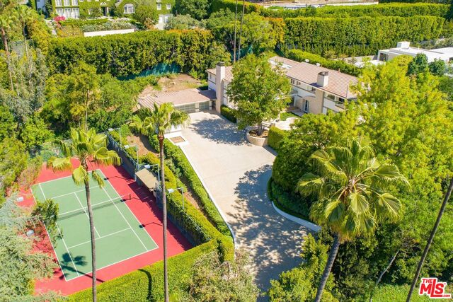 Photo of 661 Doheny Rd, Beverly Hills, CA 90210