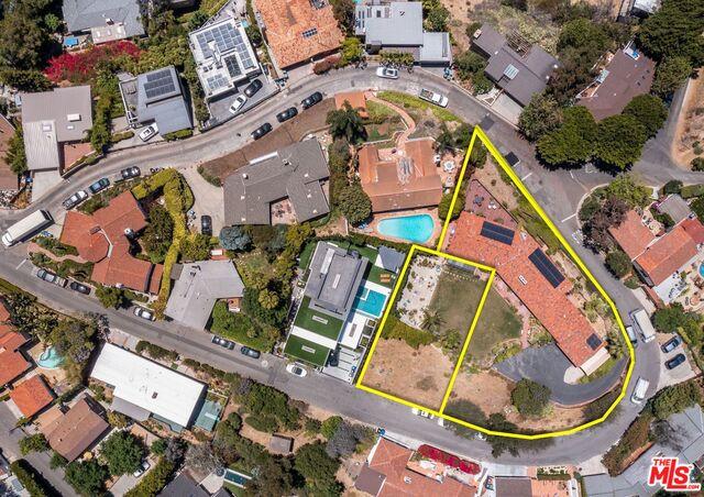 Photo of 2445 El Contento Dr, Los Angeles, CA 90068