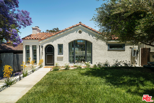 Photo of 3143 Waverly Dr, Los Angeles, CA 90027