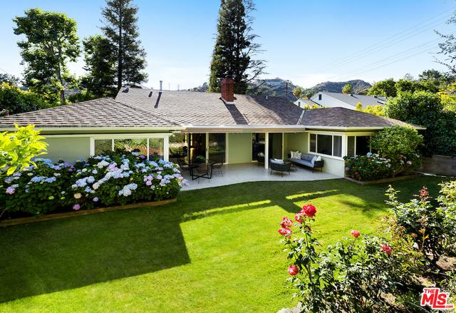 Photo of 1852 Noel Pl, Beverly Hills, CA 90210