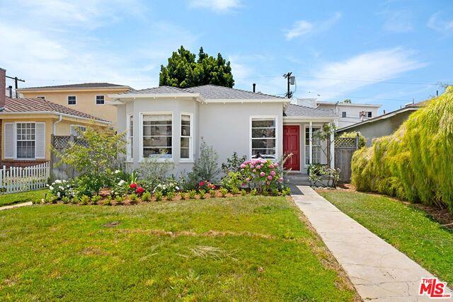 Photo of 2527 Wellesley Ave, Los Angeles, CA 90064