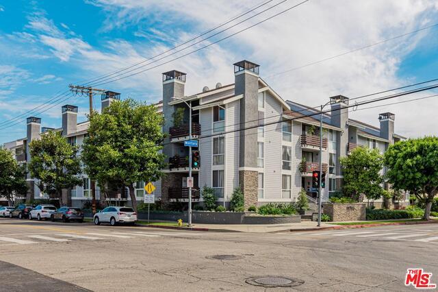 Photo of 11706 Montana Ave #105, Los Angeles, CA 90049