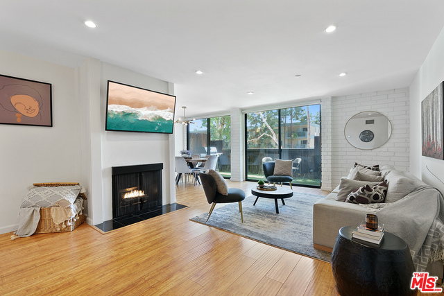 Photo of 15515 W Sunset Blvd #A06, Pacific Palisades, CA 90272