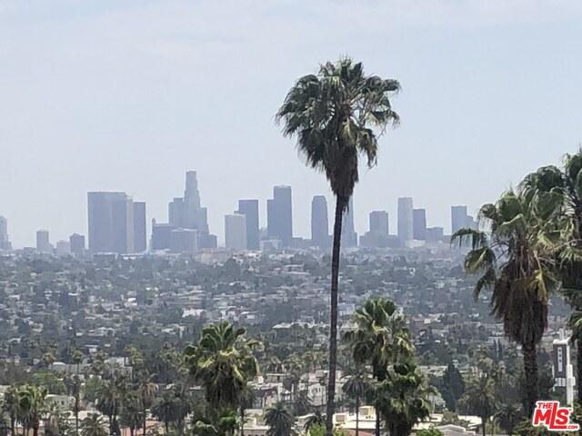 Photo of 2500 Glendower Ave, Los Angeles, CA 90027