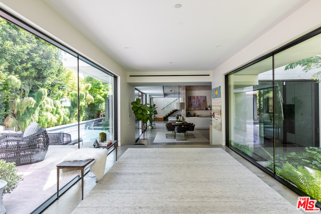 Photo of 3737 Ocean View Ave, Los Angeles, CA 90066