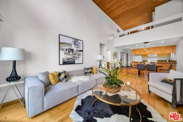 Photo of 3988 Beethoven St #10, Los Angeles, CA 90066