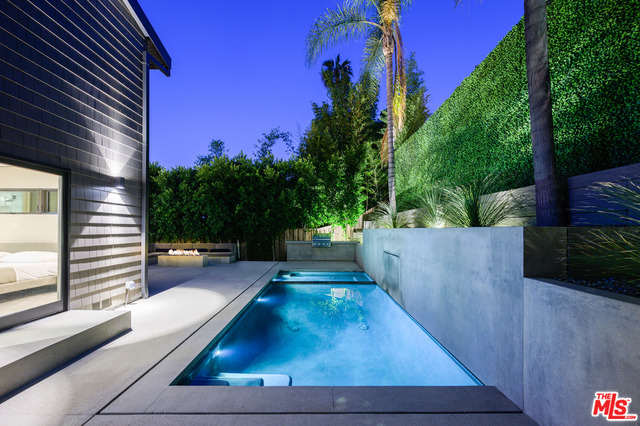 Photo of 8808 Thrasher AVE, LOS ANGELES, CA 90069