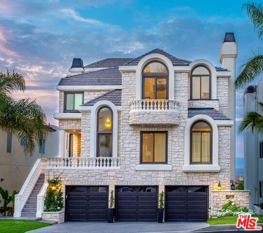 Photo of 7918 Berger Ave, Playa Del Rey, CA 90293