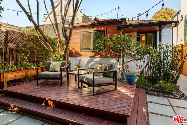 Photo of 1830 Walgrove Ave, Los Angeles, CA 90066