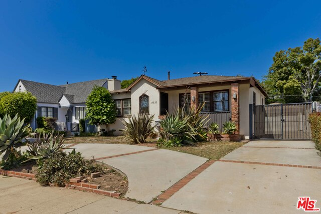 Photo of 14833 W Sunset Blvd, Pacific Palisades, CA 90272
